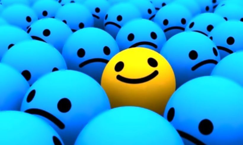 """7 Affirmations to Switch on Your """"Happiness Button"""" Each Morning"""